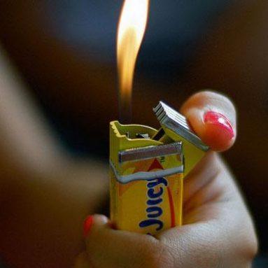 Briquet packet de chewing-gum x50