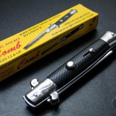 Peigne couteau à cran d'arrêt