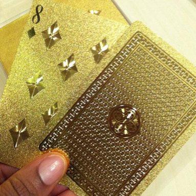 Jeu de cartes doré