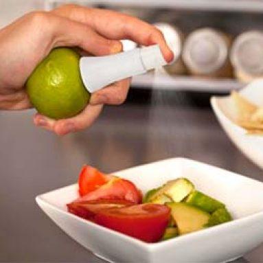 Spray de jus de citrons et agrumes vert